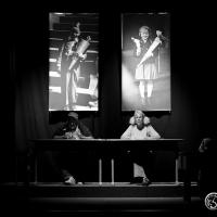 """Überzeugende Premiere von """"Love Letters""""; im kleinen Hoftheater Hamburg"""