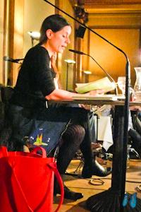 Isabel Abedi liest ihre Lieblingsstelle aus Band 5. Foto: Laila Mahfouz
